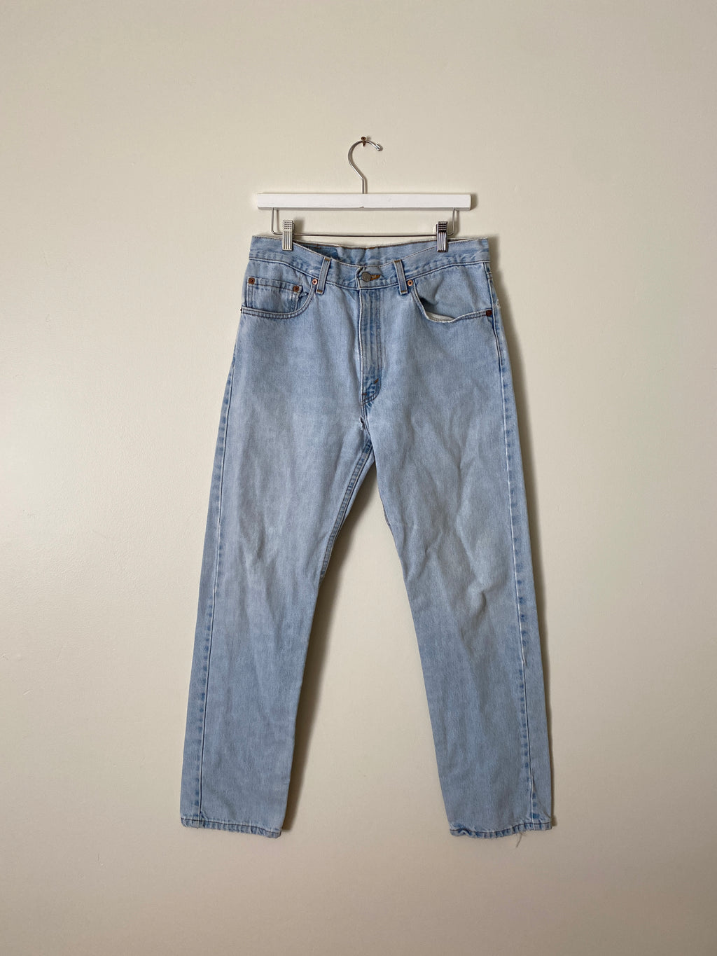1990's Levi's 505 Faded Blue Jeans (32 x 32)