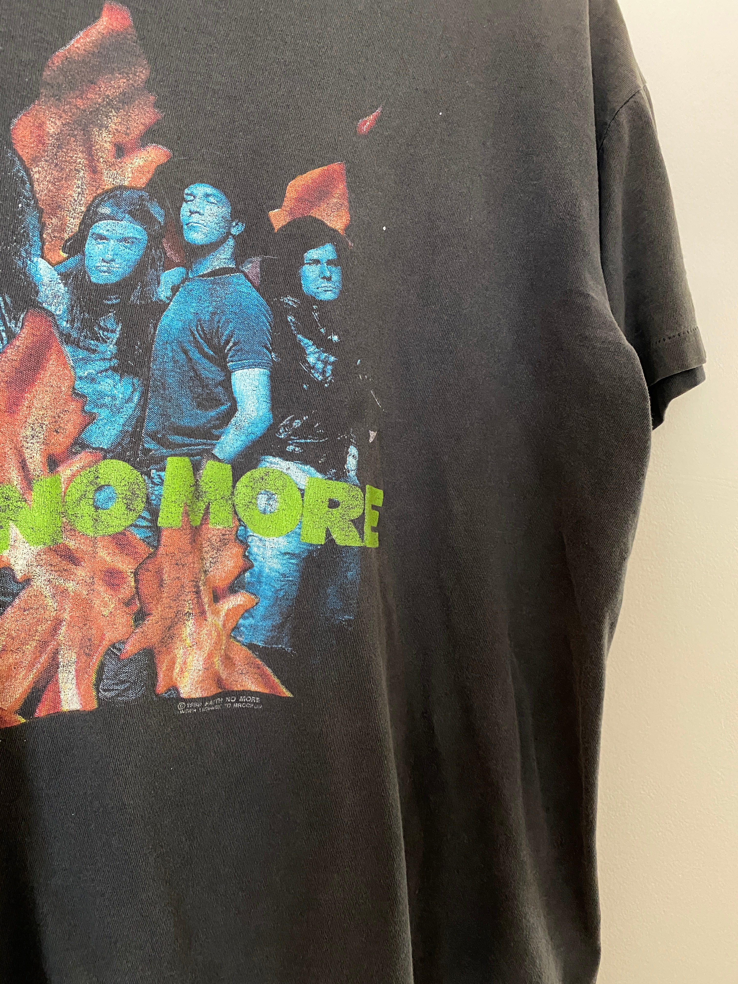 "1989 Faith No More ""The Real Thing"" Shirt (M/L)"