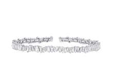Load image into Gallery viewer, 14kt Baguette Diamond Bangle
