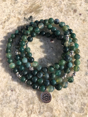 Gorgeous Deep Green Healing Agate Necklace  - Real stones