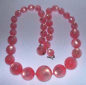 Pink Pearlized Necklace