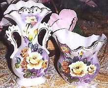 Load image into Gallery viewer, Fluted Fine Porcelain Vcagco of Japan Vase Set
