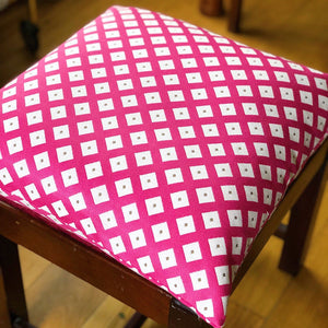 "Handmade cushion cover - 20"" pink & white diamonds"