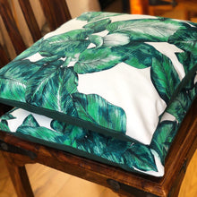Load image into Gallery viewer, Handmade cushion cover - green and white palm leaves