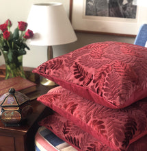 Load image into Gallery viewer, Handmade cushion cover - burgundy red velvet leaves