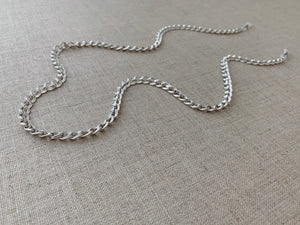 Seoul Sunglass Chain in Silver