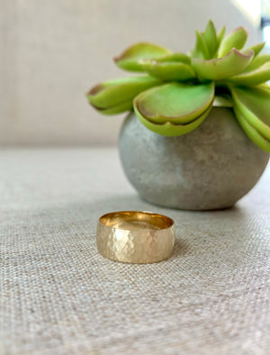 14kt Gold Hammered Wide Gold Band Ring Wedding Band