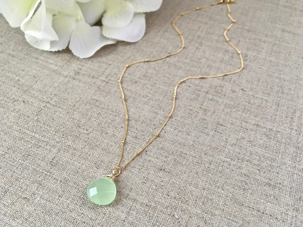 Clear Your Mind Necklace in Light Green