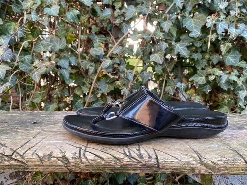 Z.g.a.n. Slippers van Rockport maat 40 (9W) wijd model