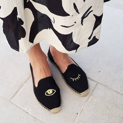 Winking Eye Embroidery shoes