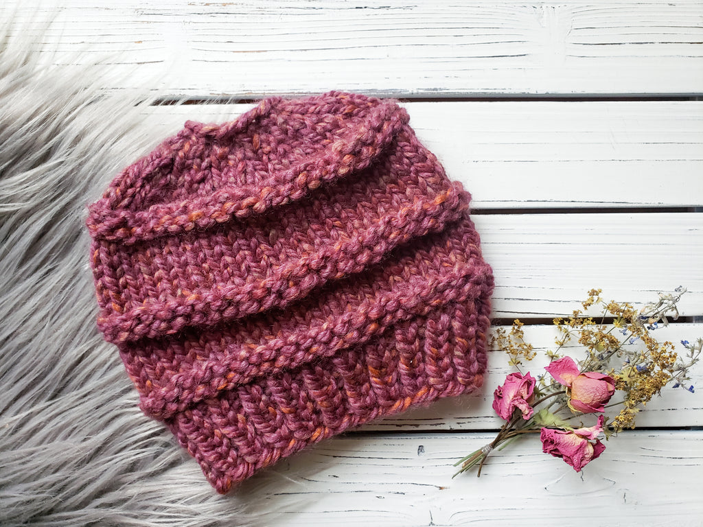 Messy Bun/Ponytail Beanie - MamaBuzz Creations