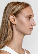 Load image into Gallery viewer, Maria Black Marcelle Twirl Earring