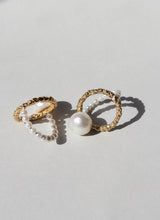 Load image into Gallery viewer, Mirit Weinstock Pearls Ring