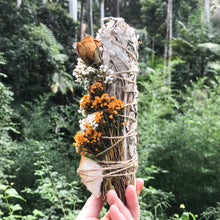 Load image into Gallery viewer, Citrine Abundance Flower Wand