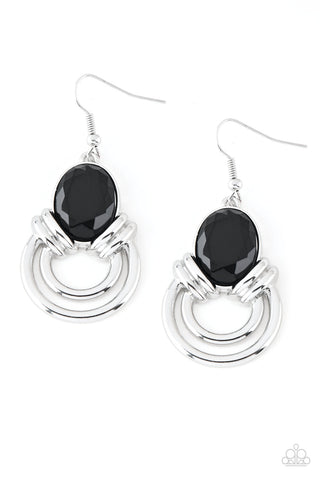 PAPARAZZI EARRINGS- Real Queen - Black