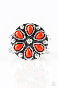 PAPARAZZI RING-Color Me Calla Lily - Red