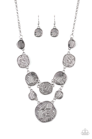 PAPARAZZI NECKLACE-Metallic Patchwork - Silver