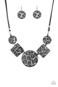 PAPARAZZI NECKLACE- Here Kitty Kitty - Silver