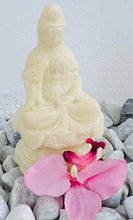 Load image into Gallery viewer, Quan Yin white