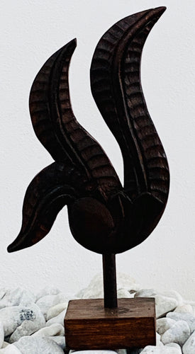 BIRD DECORATION ON STAND