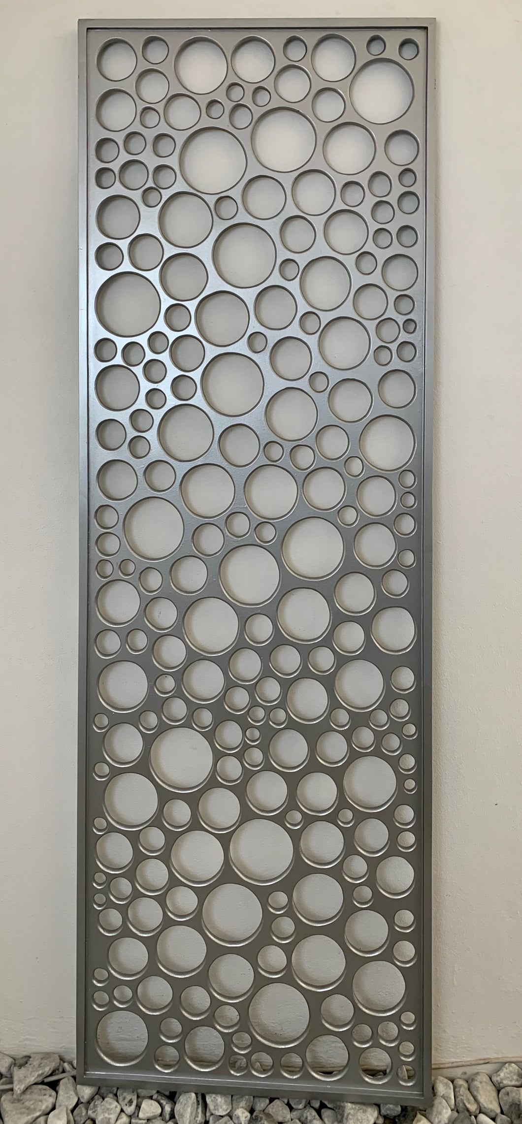SILVER WALL PANEL WITH BUBBLES
