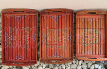 Load image into Gallery viewer, BAMBOO BATIK DESIGN SET OF 3 TRAYS