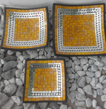 Load image into Gallery viewer, SQUARE PLATE SET OF 3 - YELLOW