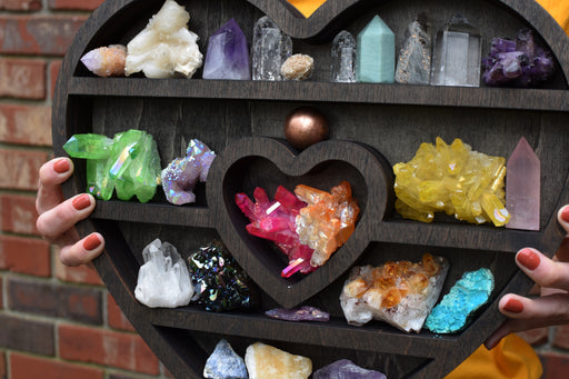 Brown Heart-Shaped Crystal Display Shelf