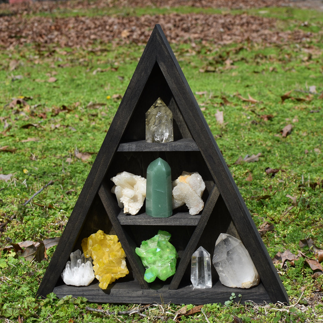 Wide Spacing Triangle Crystal Display Shelf