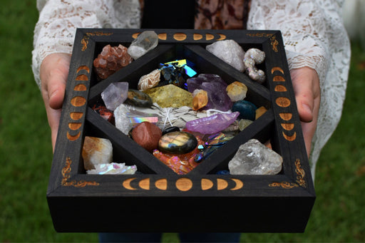 Brown Crystal Charging Box - Moon Phases Design