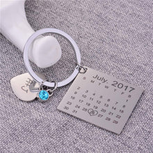 Load image into Gallery viewer, Personalised Calendar Keychain