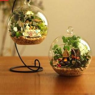 Ball Air Plant with Metal Stand