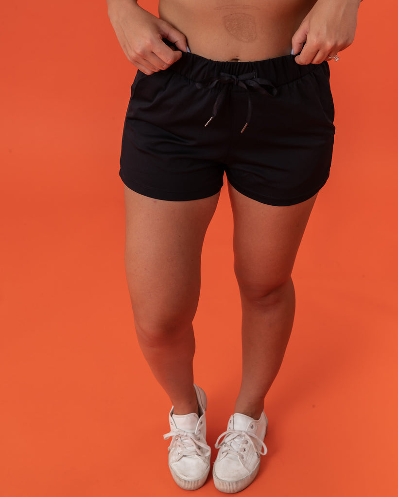 Thrive Short - Black