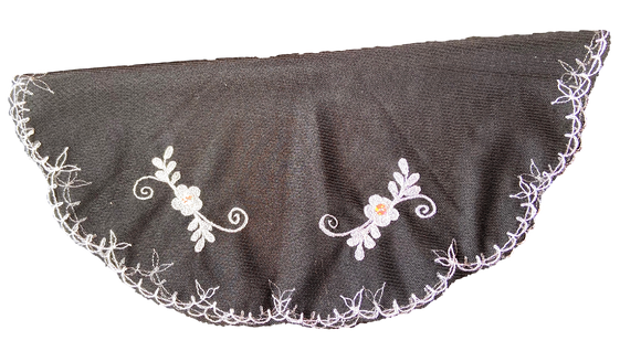 Devotional Sacrament Lace Veil Mass Head Coverings Mantilla Hand-Crafted Round Shape Black Detailing White