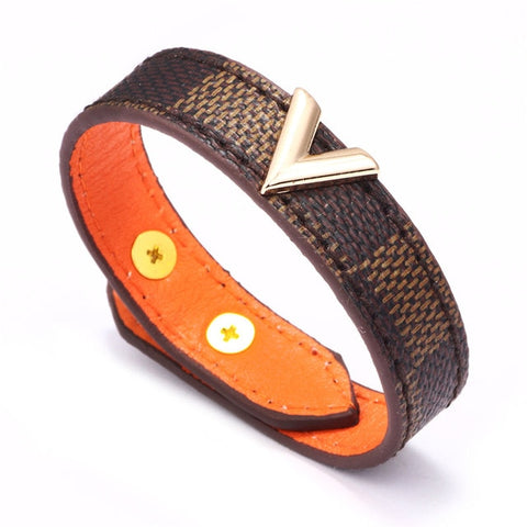 Brown Checkerboard Pattern Leather Bracelets Gold V-shaped