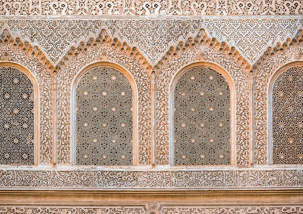 インテリア・フォトパネル「Carved plaster wall, Ben Youssef Madrasa, 16th century Islamic College, UNESCO World Heritage Site, Marrakesh, Morocco, North Af」の画像(amana online storeの額装商品画像)