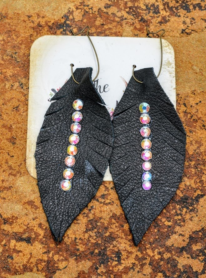 Leather Arrowhead Earrings-Black
