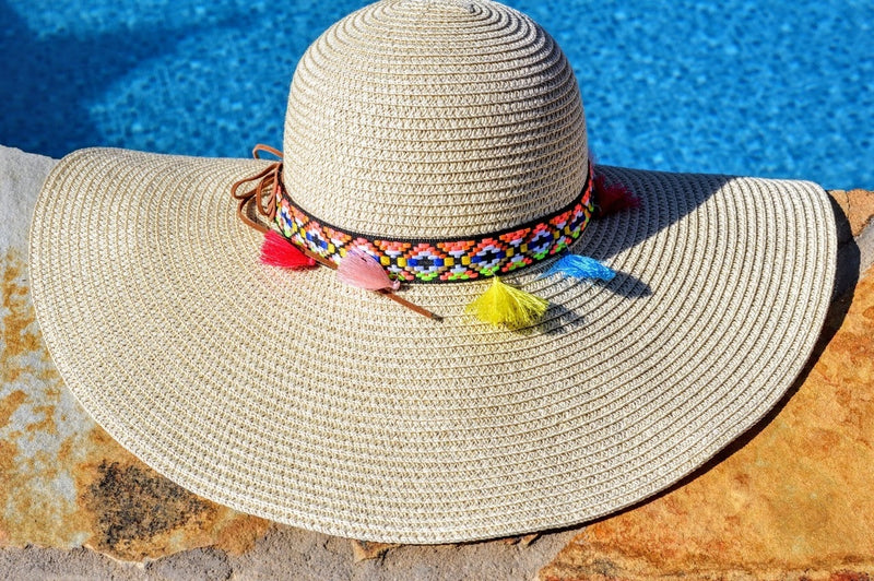 Floppy Beach Hat (Cream)