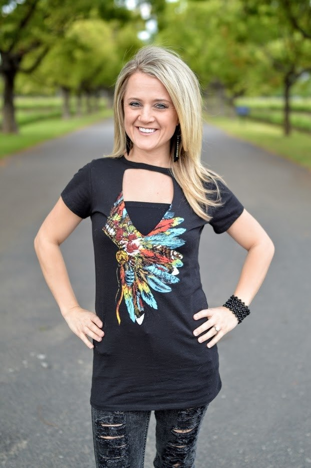 Indian Headdress Choker T-Shirt