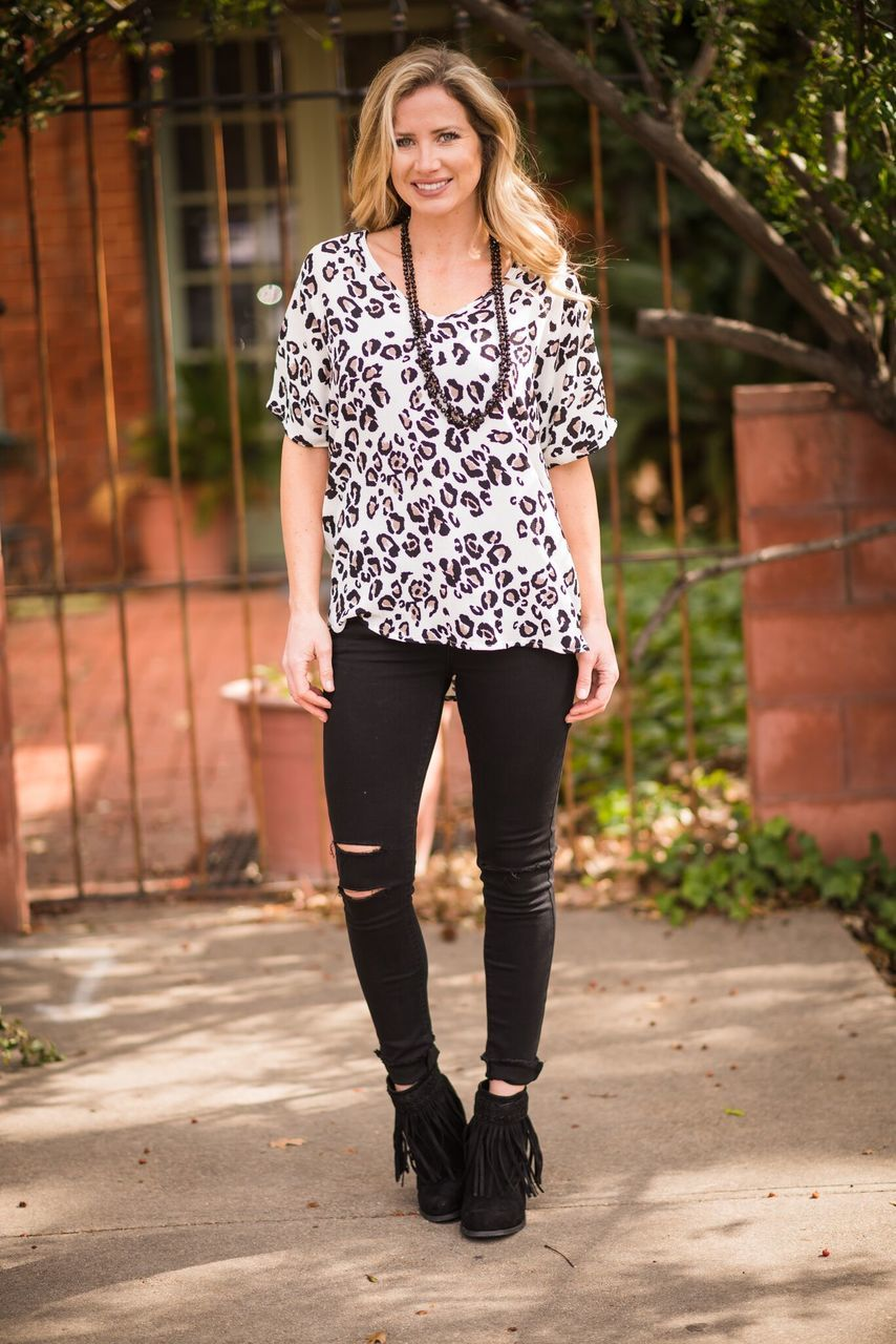 Lovely in Leopard Top-PLUS