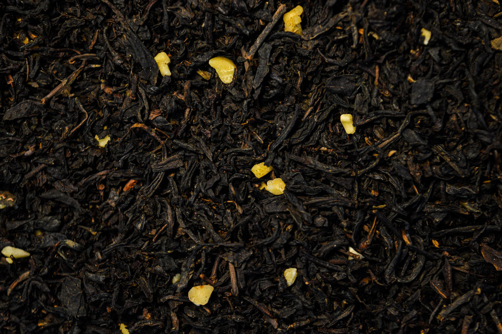 Black tea with almond pieces