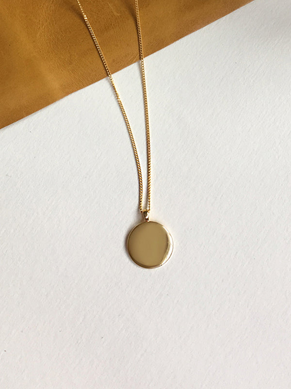 MINIMALIST ROUND NECKLACE