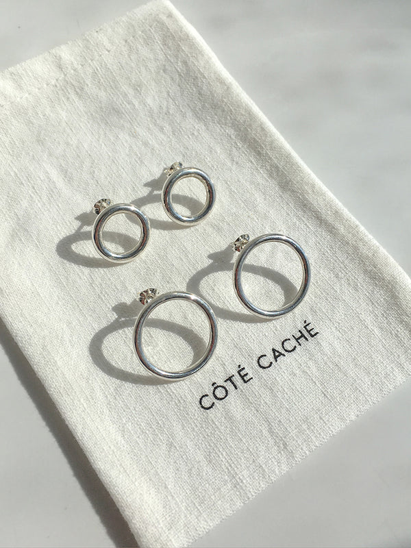 CIRCLE SILVER HOOP EARRINGS
