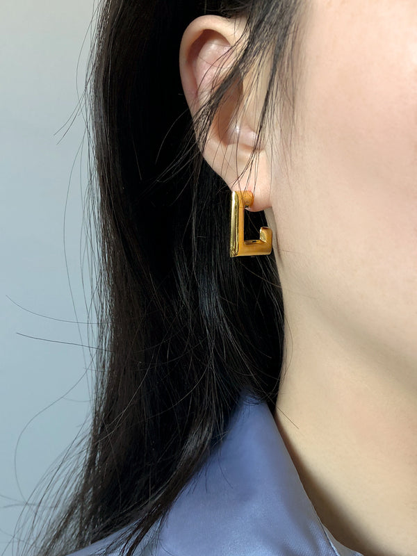 GOLD CLASSICAL SQUARE HOOP EARRINGS