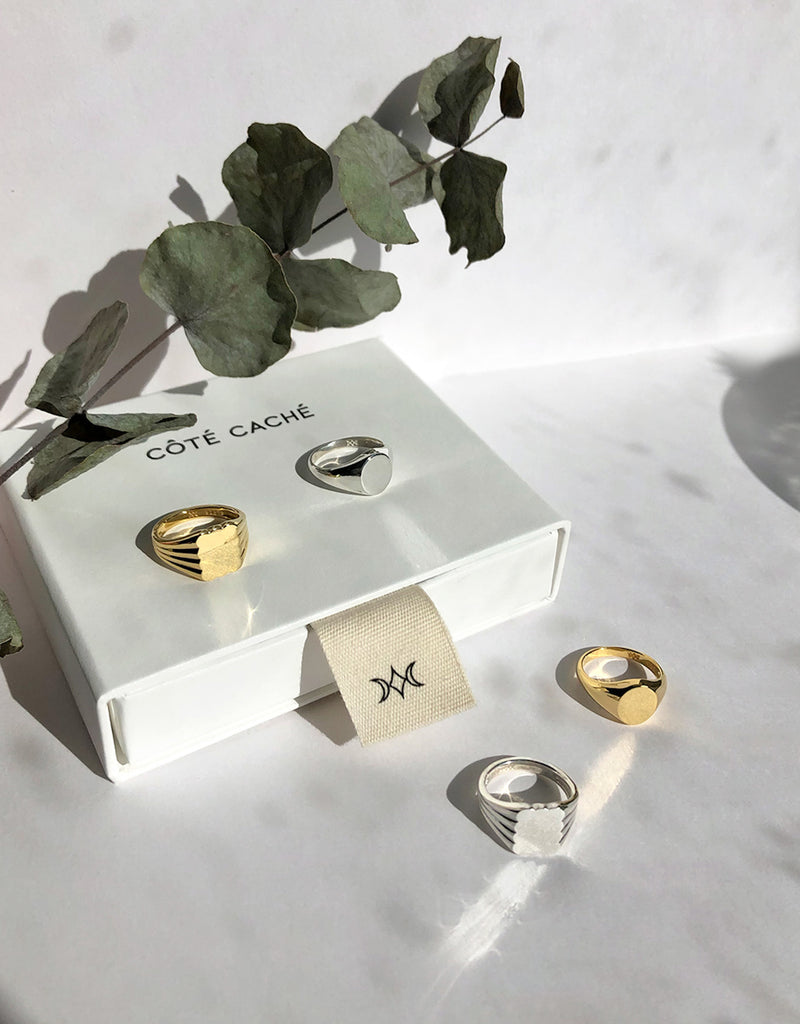 Cloud Pinky Signet Ring