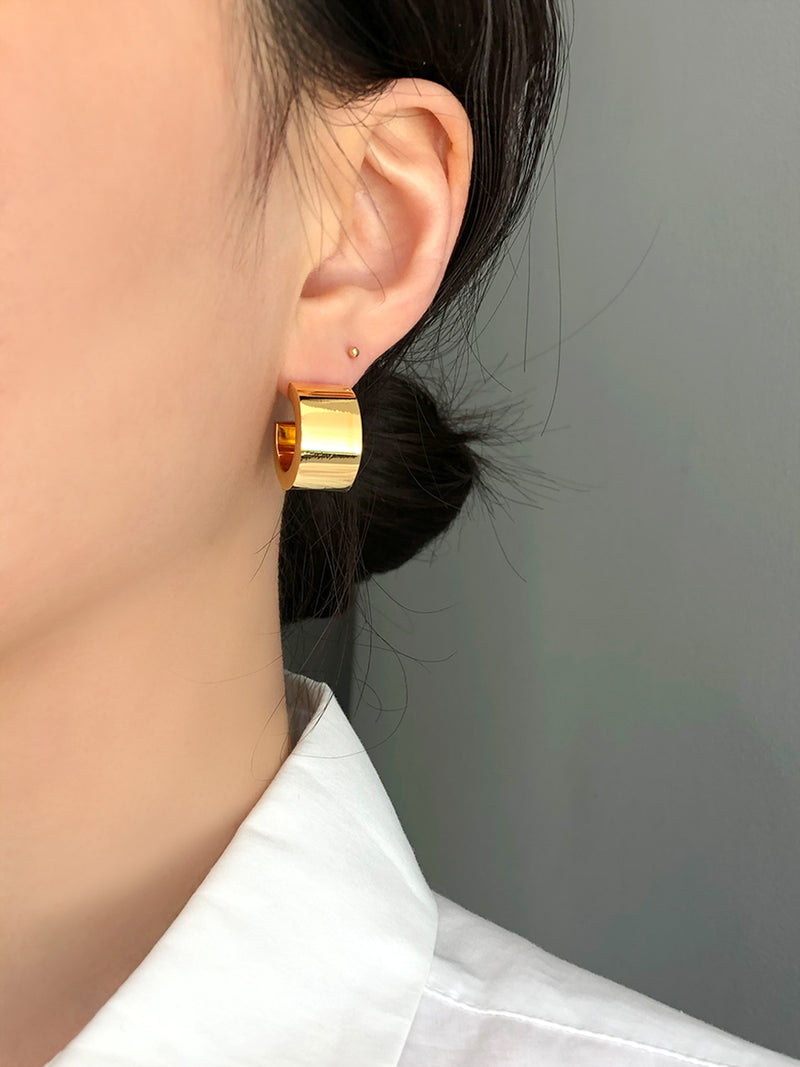 GOLD SUPER CHUNK EARRINGS