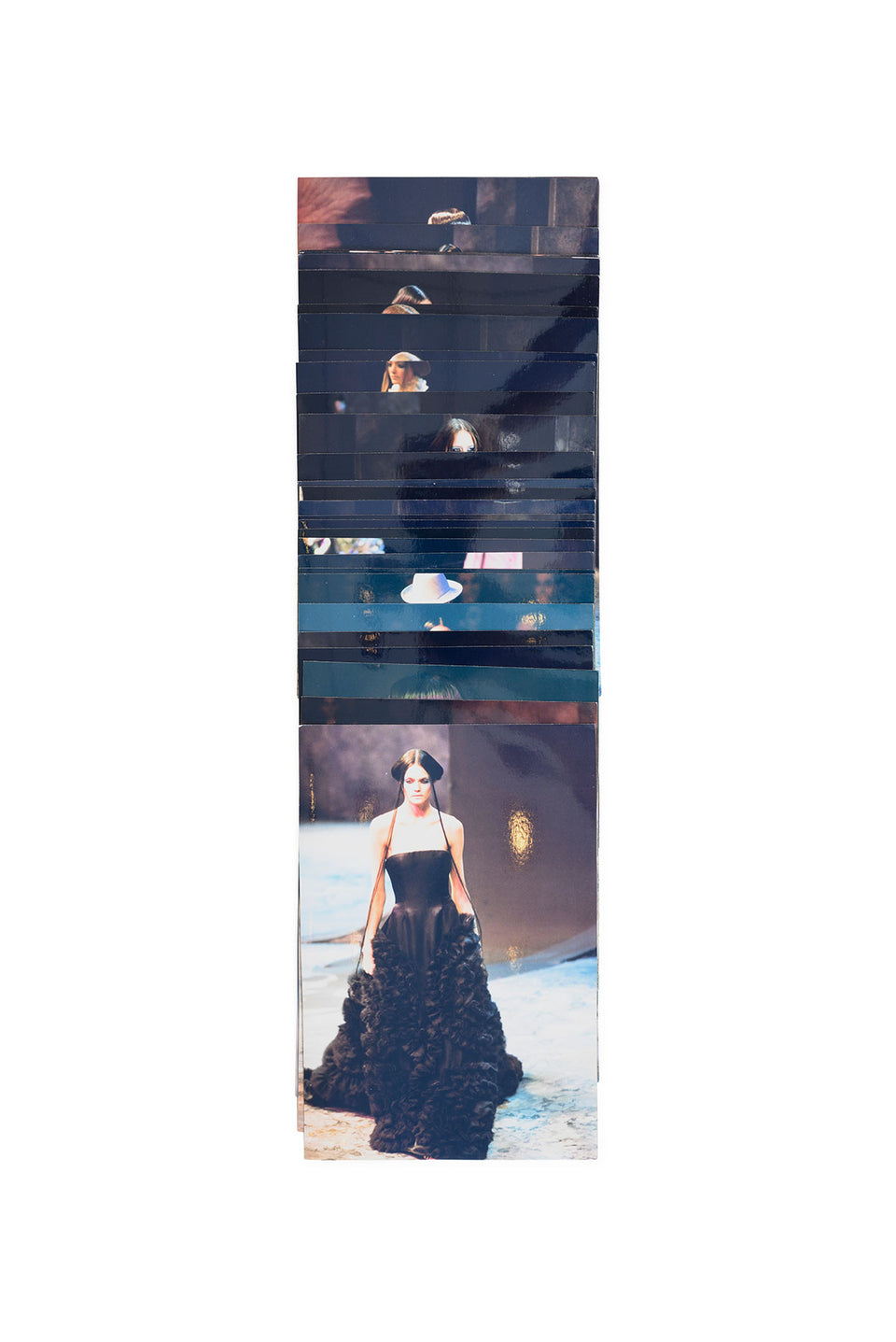 PHOTO RUNWAY GIVENCHY BY ALEXANDER McQUEEN