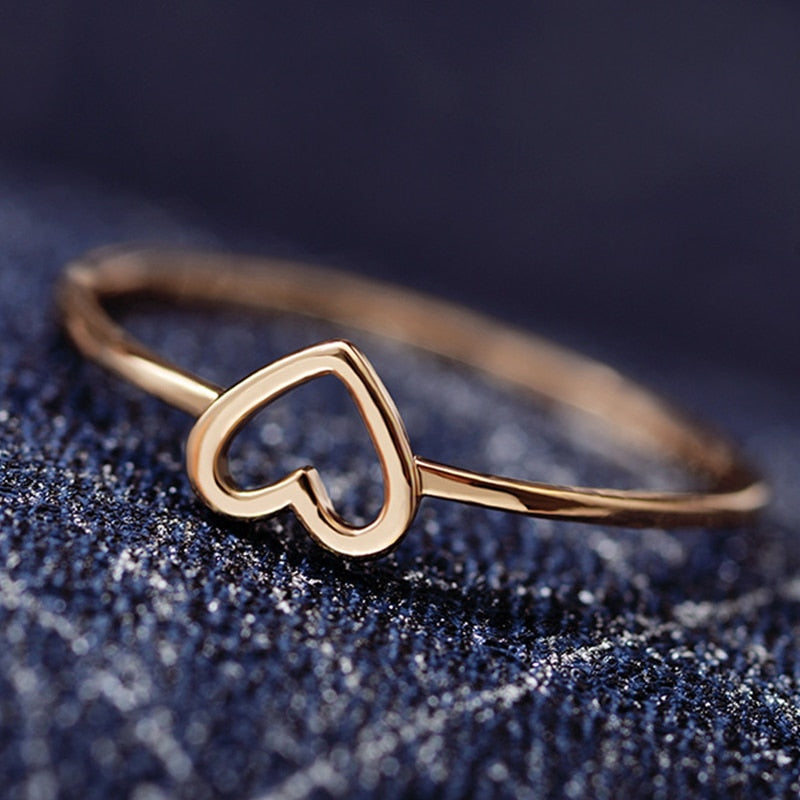 Hollow Out Beautiful Couples Heart Ring