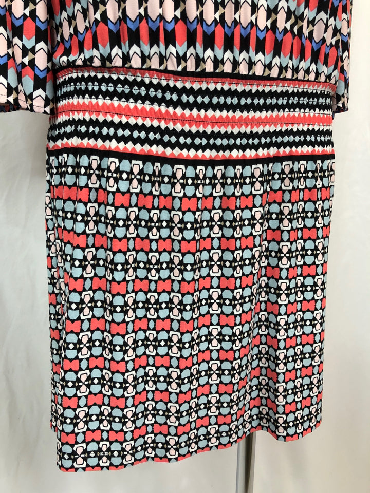 LAUNDRY BY SHELLI SEGAL Women Size S Coral Print Dress