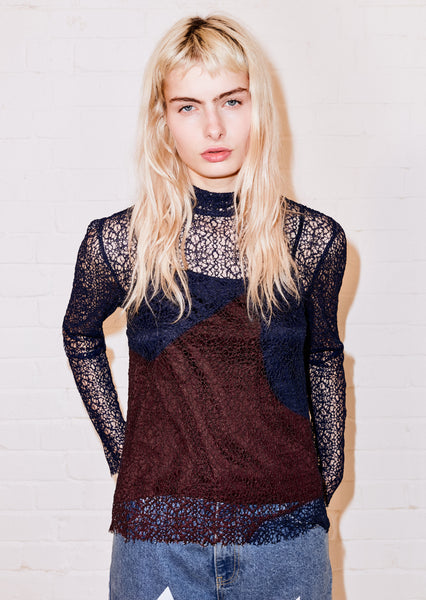 LACE STAR POLO NECK TOP